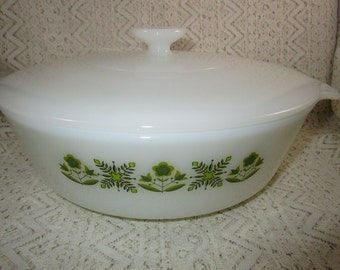 Green Meadow Casserole Dish, Anchor Hocking Casserole Dish with Lid, 1.5 Qt.  with milkglass lid, Baking Dish with Lid