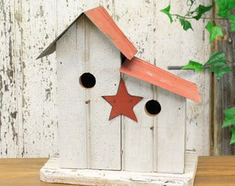 Rustic Wooden Two-part Birdhouse With Tin Roof & Star (2 Assorted Colors)