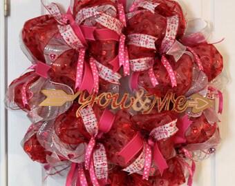 Valentines Deco Mesh Wreath / Valentine Wreath / Pink and Red Wreath / Deco Mesh Wreath / Mesh Wreath / Geo Mesh Wreath / Valentine Geo Mesh