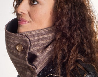 Brown scarf with two buttons, woman cowl, infinity scarf, chunky scarf, woman gift ideas, fleece scarf, neck warmer, accessory