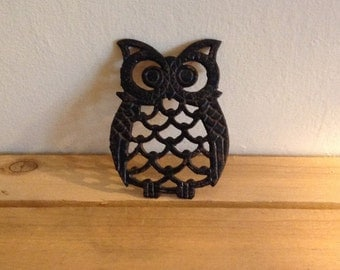 Vintage owl trivet. Made it Taiwan.