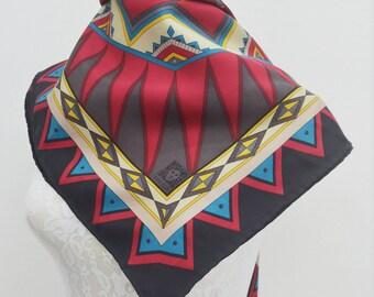 FREE SHIPPING!!! Anne Klein Vintage Anne Klein Geometrical Printed Art Theme 100% Silk Scarf