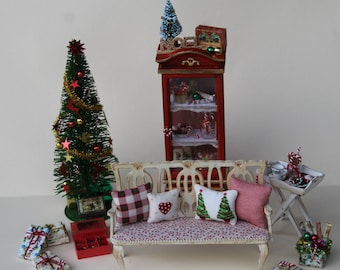 1:12 for dollhouses, miniature furniture, bench craft