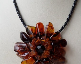 17,7-18,9Inch Nice Vintage Original FLOWER Cognac Genuine Baltic Amber Necklace