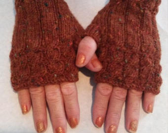 Fingerless gloves. Handknit. Fingerless mitts.