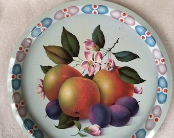 Elite Trays Metal tray with fruit