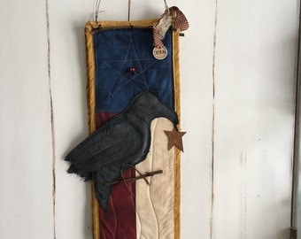 Handmade/Door Hanger/Texas Flag/Primitive Patriotic / Old Crow flag