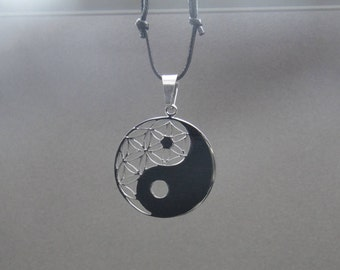 yin yang Stainless Steel Pendant  laser cut Silver Color Necklace with Adjustable Cord
