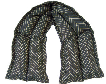 Microwave pack,Heat pack, Hot cold neck pack, Cold and heat pack, Microwave heating pad, Aromatherapy, Black Gold Chevron Heatable Neck Wrap
