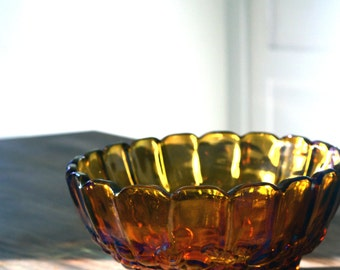 Vintage Amber Carnival Glass Serving Bowl, Amber Carnival Glass Oval Footed Fruit Bowl, Serving Bowl, Vintage bowl, Carnival Glass Bowl