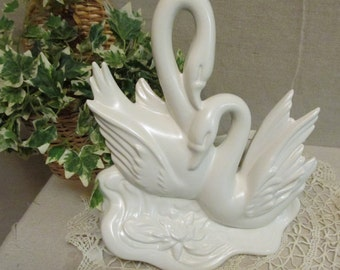 Vintage 1950's Hull Art Pottery N0. 81  Double Swans With Water Lily White Satin Finish Planter