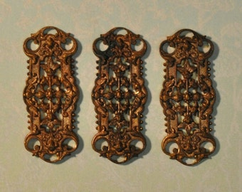 Vintage French Filigree Bracelet Chain Link Gold Toned Die Cast Raw Brass 1 Piece 32J