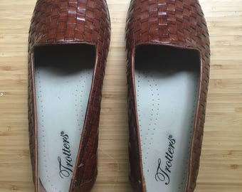 Woven Leather Loafers | Brown Leather Flats | Size 6 | Women's Vintage Shoes