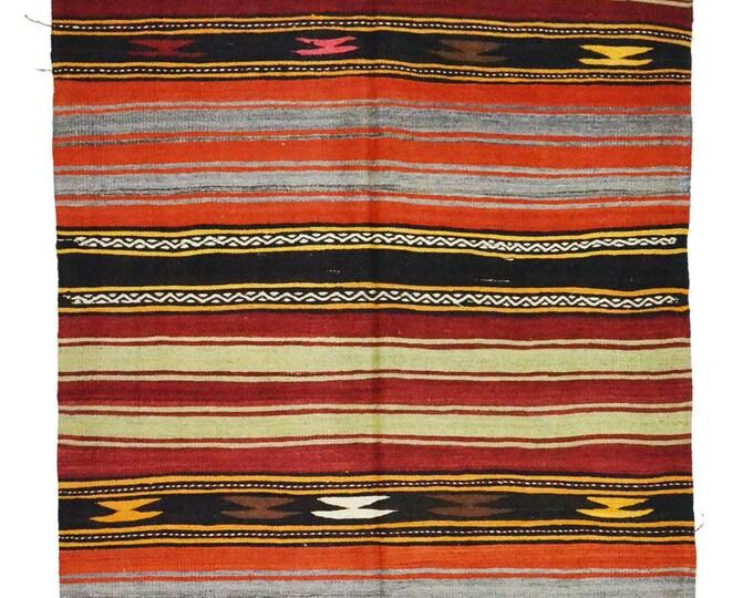 181 cm x 148 cm/ 5,93 x 4,85 ft / VINTAGE OUSHAK RUG Kilim Rug Oushak Rug Handmade Turkish Rug Vintage Fethiye Kilim - Free Shipping