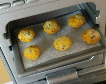 Set of 3: Miniature chocolate chip muffins