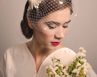 VINTAGE WEDDING HEADDRESS - Tocado / Headdress