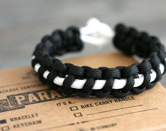 Thin Line Paracord - Original Yet.is Paracord Bracelet
