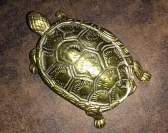 Vintage brass turtle box. Vintage brass box. Brass turtle