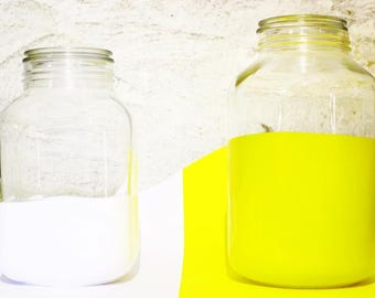 set-piece design glass jars
