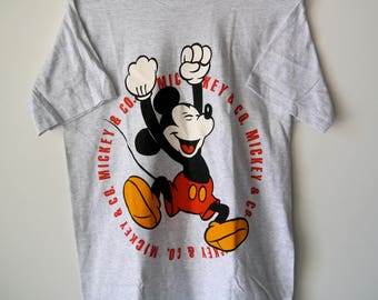 90s Mickey Mouse Disney M T-Shirt// Mickey & Co. // Men's Medium