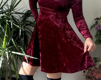90s Burgundy Red Crushed Velvet Long Sleeve Dress S M L