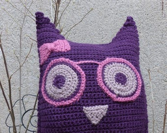 Cushion OWL with glasses purple