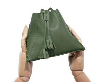 Bucket bag / leather bucket bag / green leather bucket bag / green bag / green woman bag / green leather bag / shoulder bag / gift to her /