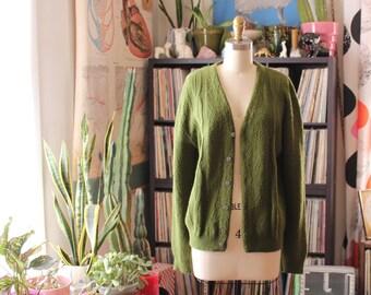 mens vintage cardigan . 1950s 60s moss green cardigan in nubby acrylic knit . small medium