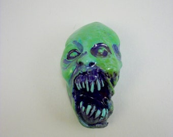 Toxic Waste Screaming Skull, Zombie, Undead, Horror, Skull, Zombie Head Pendant