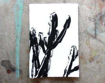 Cactus Dish Towel / Black and White Desert Dish Towel / Southwest Style / Modern Desert Kitchen Decor
