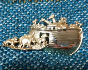 Vintage Noah's Ark Pin Brooch 1980s Free Shipping