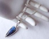 Labradorite Pendant. Laboradite Necklace. Laboradite Pendant. Labradorite Necklace.  Blue Necklace. Arrow Necklace. Layering Silver Chain.