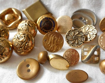 Lot of 21 VINTAGE Metal Sewing BUTTONS  M1