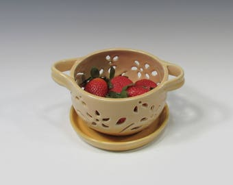 Ceramic Berry Bowl - Berry Bowl Colander - berry bowl and saucer - Berry Bowl Set - Berry Bowl Strainer - Berry Washing Bowl - Food Prep