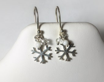 Snowflakes and Icicles Collection, .925 Sterling Silver Snowflake Petite Drop Earrings