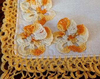 Vintage Hankie, Yellow Crochet Lace & Pansy Flowers Corner, Handkerchief