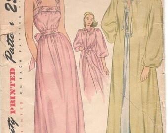 Simplicity 1798 1940s Ladies Lingerie Pattern Nightgown Negligee Peignoir Pattern Womens Vintage Sewing Pattern Size 12 Bust 30