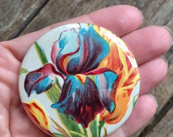 iris. pocket mirror. flower accessory. botanical gift. party favor. bridesmaid gift. mothers day gift. repurposed. friendship gift.