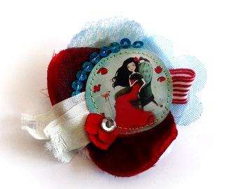 Flamenco Dream - unique and handmade fabric and paper brooch