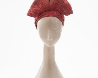 Vintage 1930s Hat, Turban Style Cloche, Gold Metallic Cloth Hat, 1920s Flapper Hat, Gatsby Era Accessories, Hats & Caps, Formal Cloche Hats