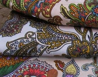 Lot of 20 Vintage 70s Cotton Linen Decorator Fabric Panels Bohemian Paisley Florals
