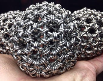 Chainmaille Juggling Balls