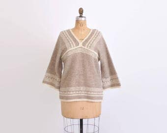 Vintage 70s Neutral Sweater / 1970s Boho Bell Sleeve Wool Knit Jumper