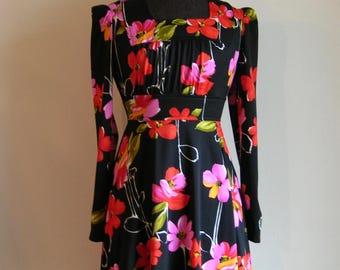 Vintage Square Neckline Floral Peasant Style Mini Dress