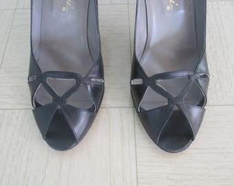 Vintage 70s Shoes - Gorgeous 70s Black Leather Open Toe Pumps Garolini - Vintage Black Peep Toe Heels - Vintage 1970s High Heels Size 8 8.5