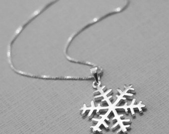 Snowflake Necklace, Sterling Silver Snowflake Necklace, Bridesmaid Necklace, Bridesmaid Gift, Flower Girl Necklace, Flower Girl Gift