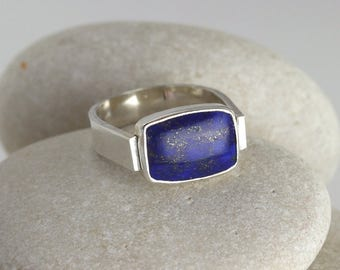 Lapis lazuli horizontal ring with masculine modern silver band