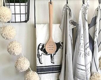 Natural Cream Pom Pom Garland/Bunting/Pom Pom Banner/Home Decor/Nursery Decor/Shower/Photo Prop/Neutral