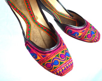 Vintage Leather Embroidered Ethnic Slipper Genie Shoes Slippers Flats