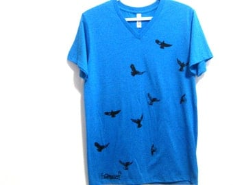 Crows Mens Tee. Black Birds Blue Tshirt. Gifts for Outdoor Enthusiasts. Flying Birds Top. West Coast Print. Gifts for Him. Mens V Neck Tee.